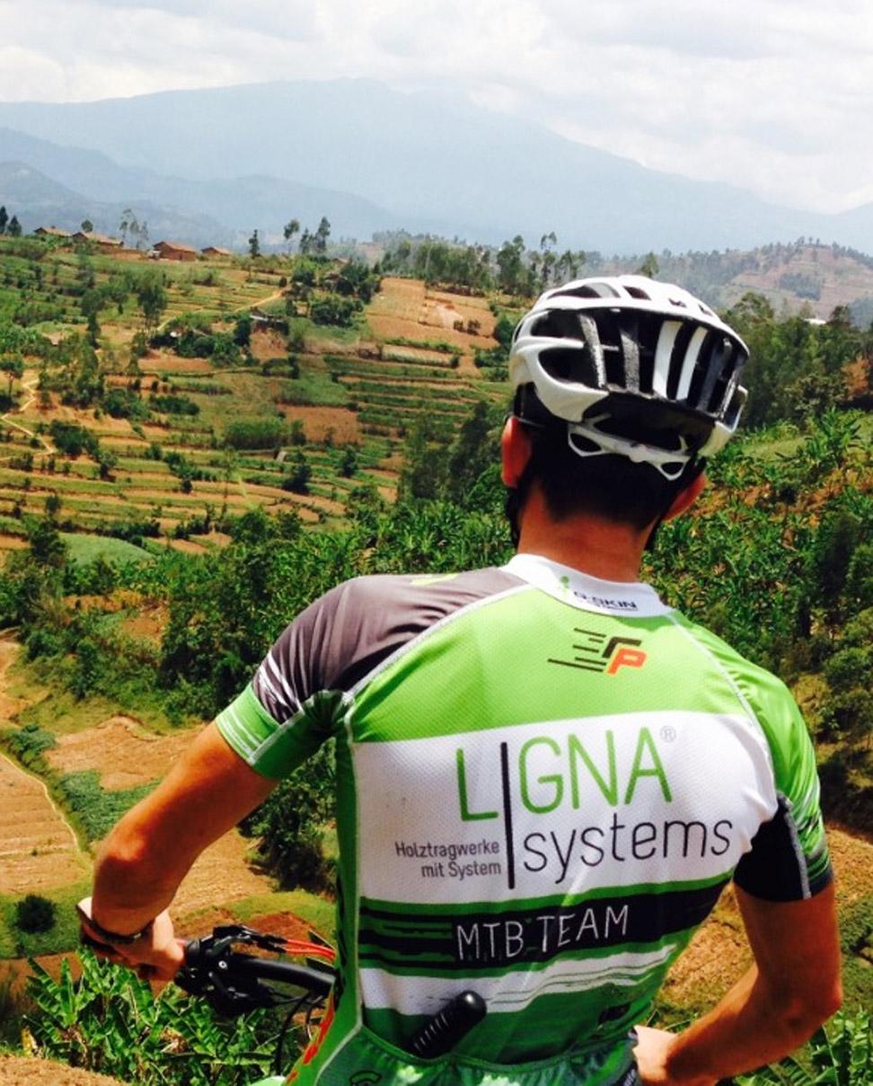 Komeza Rwanda Mountain biking